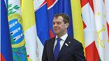 В последний раз все лидеры Организации по безопасности и сотрудничеству в Европе собирались вместе 11 лет назад. Такую затянувшую паузу сейчас объясняют разницей во взглядах, как-никак 56 государств Евразии и Атлантики.