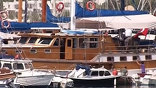 Яхта с поддельным алкоголем на борту