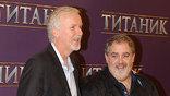 """Режиссер Джеймс Кэмерон и продюсер Джон Ландау приехала в Москву представить фильм """"Титаник"""" в 3D"""