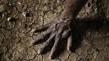 Иссушенная почва Южного Судана