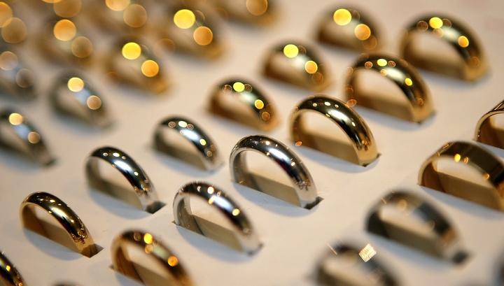 Порог для идентификации при покупке ювелирных изделий предложено увеличить в 6 раз