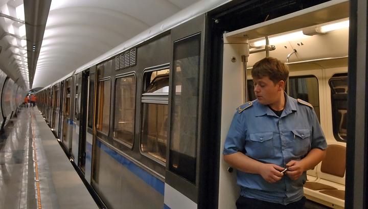 На зеленой ветке метро увеличены интервалы движения из-за инцидента с пассажиром