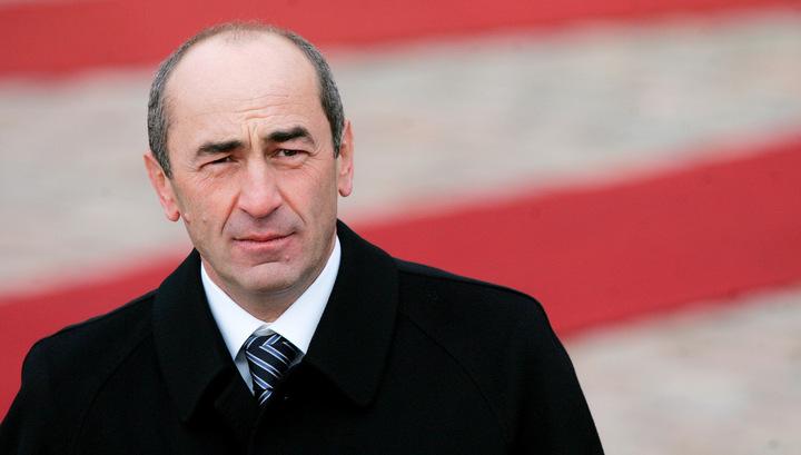 Экс-президент Армении Кочарян оказался под подпиской о невыезде
