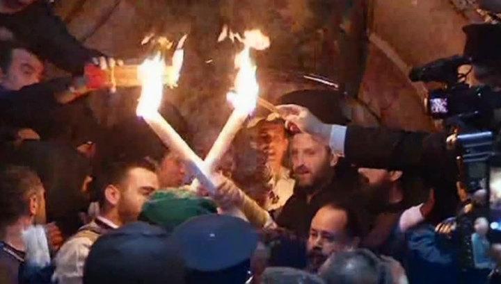 РПЦ: скандализация темы Благодатного огня мешает готовиться к Пасхе