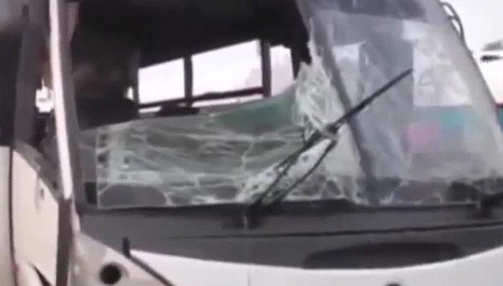 Автобус с людьми перевернулся и сгорел в Египте