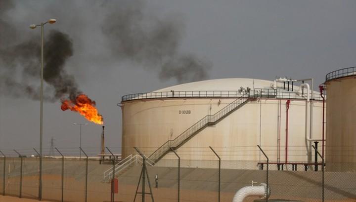 Нефть в 2017 году: от сделки ОПЕК до $67 за баррель