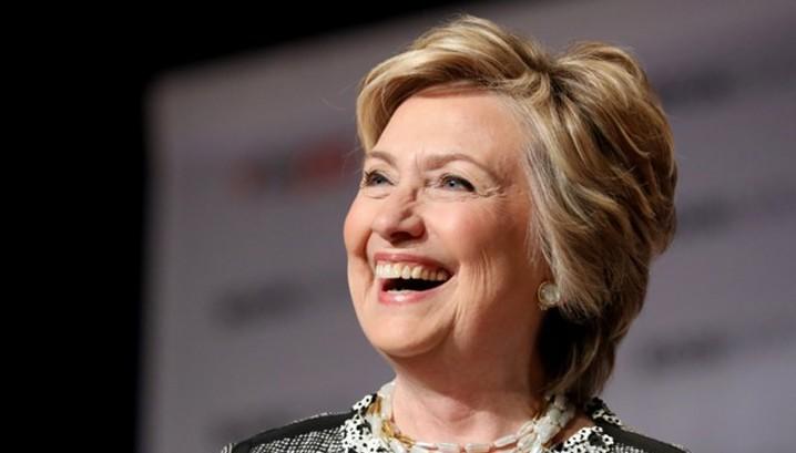 """ФБР расследует """"нечестные миллионы"""" Клинтон"""
