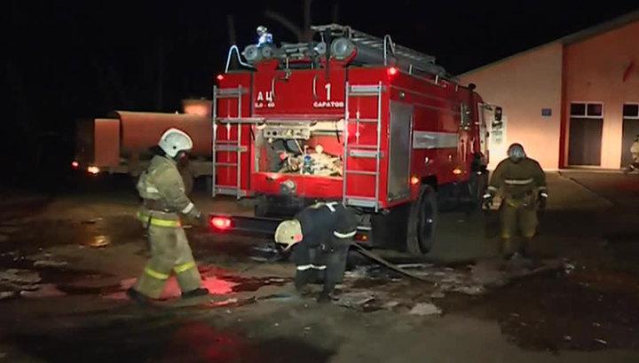 На западе Москвы горел торговый центр