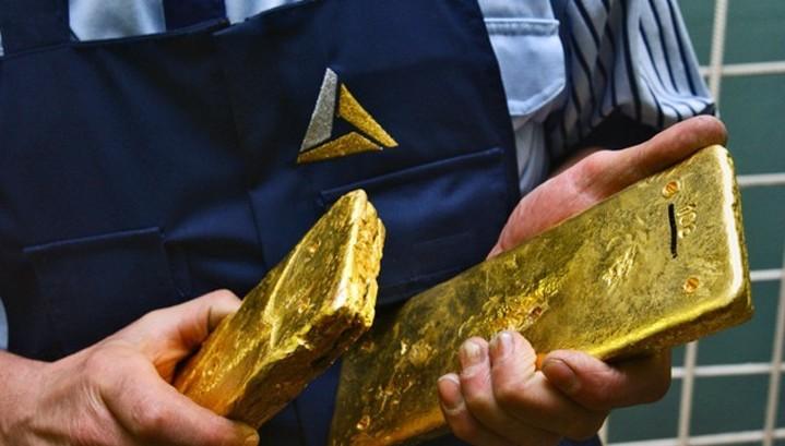 Зачем Банк России скупает золото рекордными темпами?
