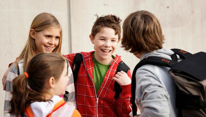 """В американских школах запрещают понятие """"лучший друг"""""""