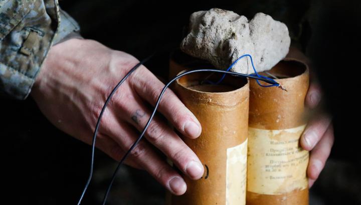 Киевская полиция ищет взрывчатку на шести станциях метро