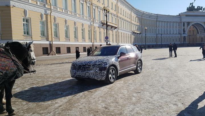 """Новый Volkswagen Touareg """"засветился"""" в Санкт-Петербурге"""