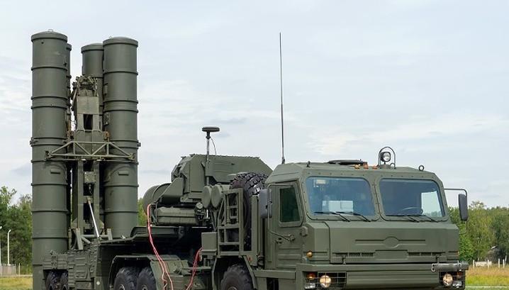 Лавров: продажа С-400 Турции ничем России не грозит