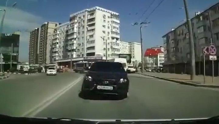 Регистратор записал страшное лобовое столкновение в Новороссийске