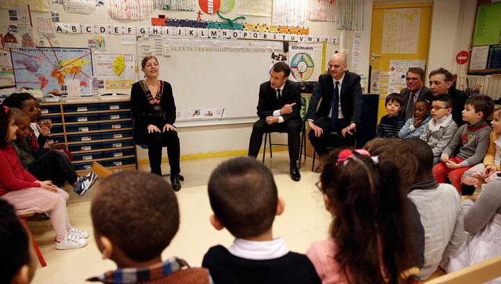 Во Франции дети начнут ходить в школу с трех лет