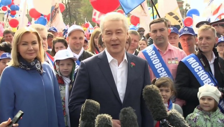 Первомайское шествие в Москве собрало 130 тысяч человек