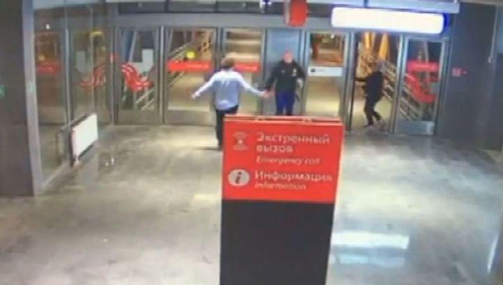 Пьяный пассажир МЦК одним ударом нокаутировал задевшего его мужчину