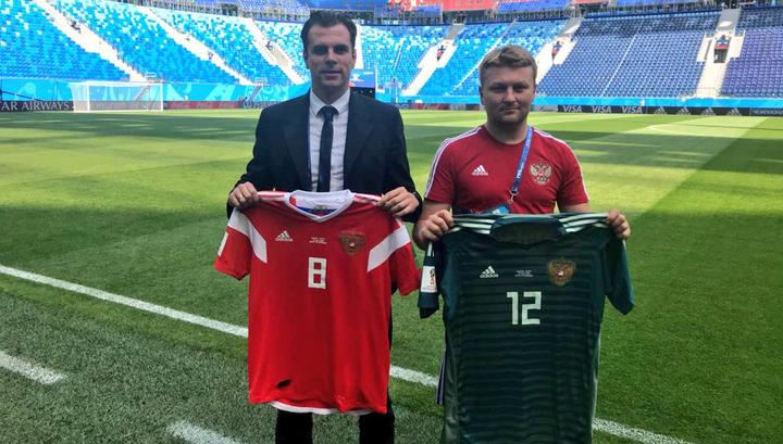 Сборная России сыграет против Египта в красных футболках и белых шортах