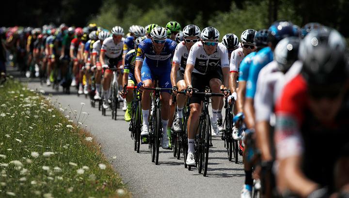 Тур де Франс. Гавирия выиграл, Закарин попал в завал