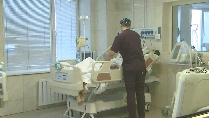 Родственников пациентов отныне будут пускать в реанимацию