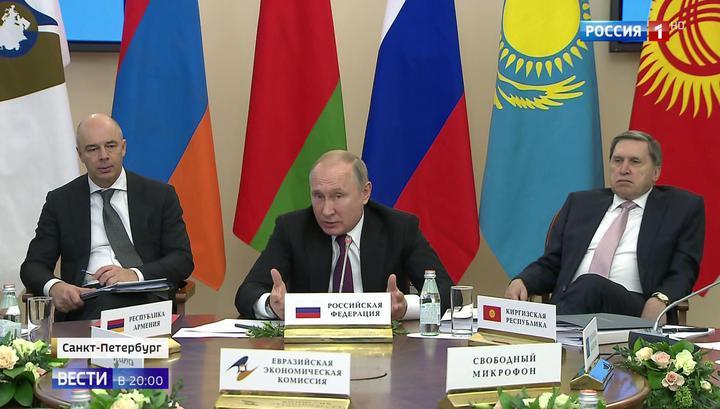 Саммит ЕАЭС сплотила выгода: Путин объяснил Лукашенко выгоду сотрудничества