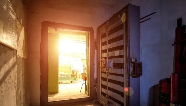 Пережить апокалипсис: как устроен бункер и кому он нужен