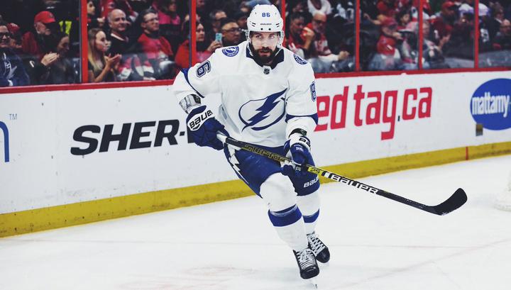 Кучеров выбран первой звездой дня в НХЛ