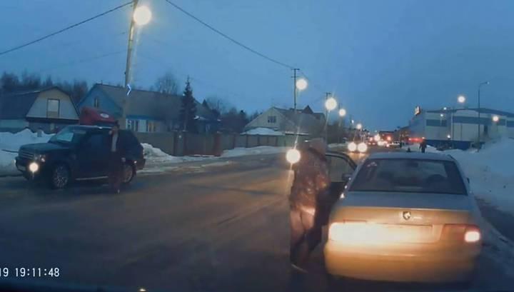 """""""Быстро в машину!"""": трехлетний мальчик впал в кому после ДТП в Тарко-Сале"""