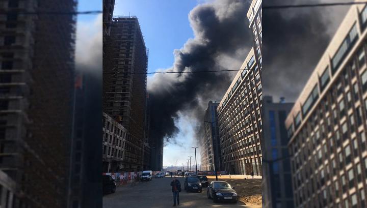 """В жилом комплексе """"Зиларт"""" вспыхнул пожар"""