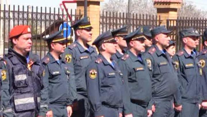 В Забайкалье 40 сотрудников МЧС наградили за ликвидацию последствий пожаров