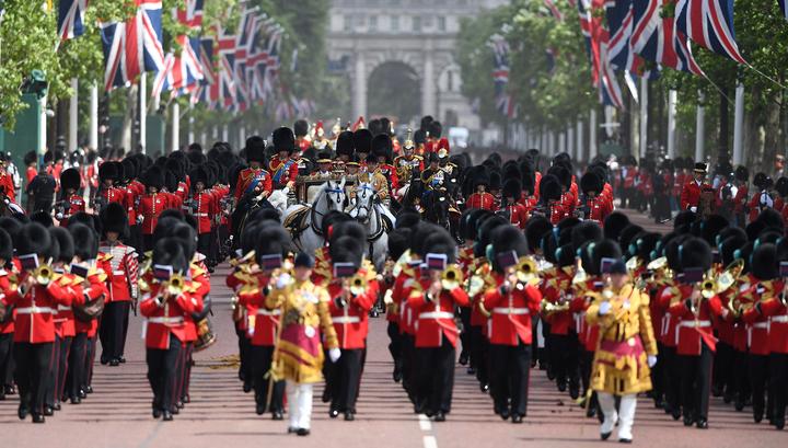 День рождения Елизаветы II отметили военным парадом