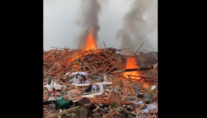 Последствия мощного взрыва газа, разрушившего жилые дома в Новой Зеландии, сняли на видео