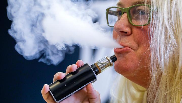 Зафиксирован 12 случай смерти человека из-за курения электронных сигарет