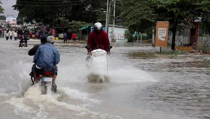Наводнения в Индии: 360 тысяч человек эвакуированы из пострадавших районов