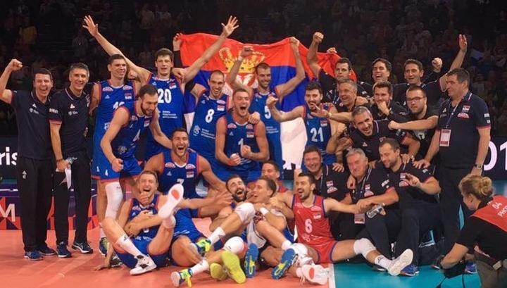 Сербские волейболисты завоевали золото чемпионата Европы