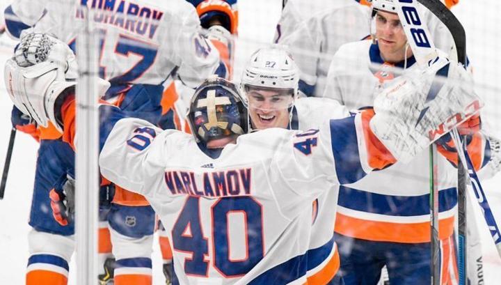 Семен Варламов признан второй звездой дня в НХЛ