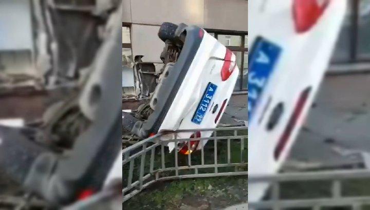 Инспектор ДПС попал в аварию в Москве по вине кошки