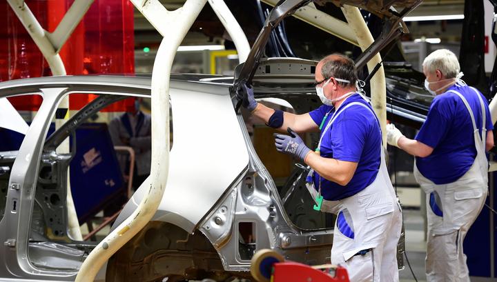 в еврозоне упал объем промпроизводства
