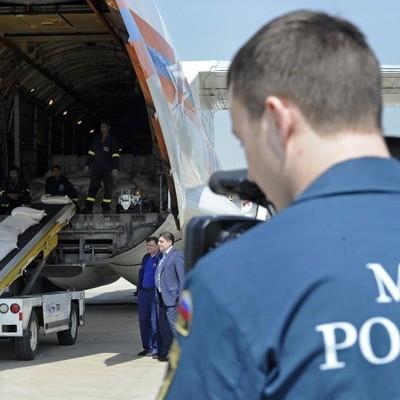 Еще двух подростков после взрыва в колледже в Керчи доставили в Москву