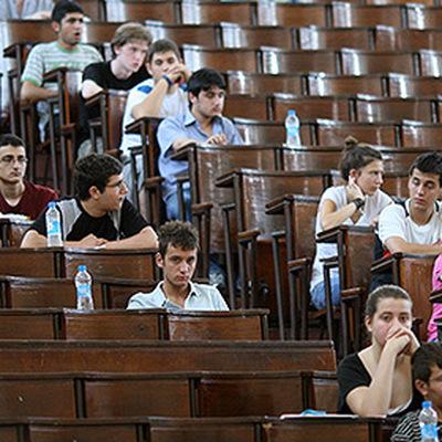 Абитуриенты в России должныподать документы напоступление до 10августа