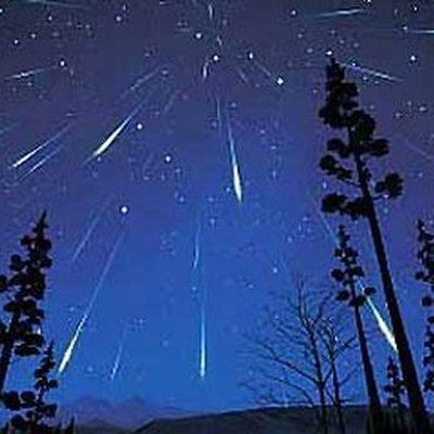 В ночь на субботу жители Земли смогут увидеть звездопад