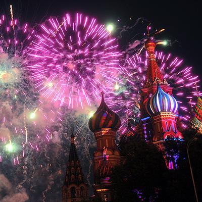 В городах-героях России прогремят праздничные салюты