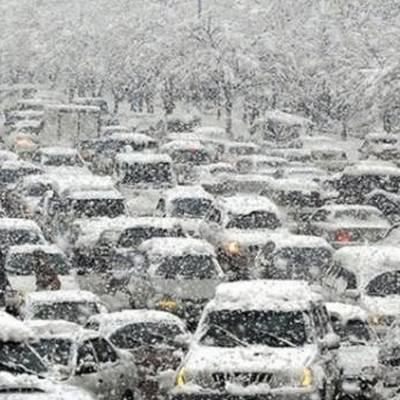 Движение транспорта ограничено на трассе Оренбург - Орск из-за ветра с метелью