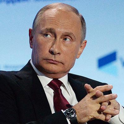Путин заявил, что доходы врачей и учителей должны расти