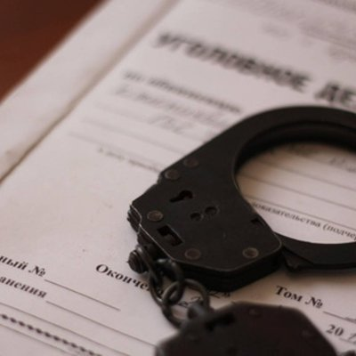 Водитель грузовика, опрокинувшегося на такси в Москве 22 марта, арестован