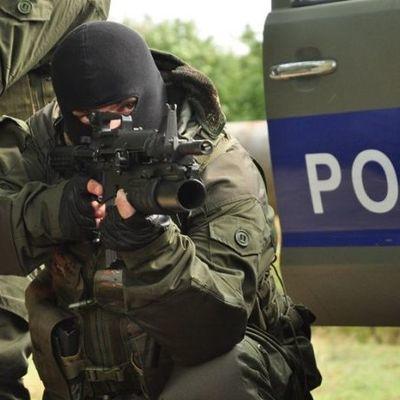 Жителидома в Тбилиси, который штурмовали спецназовцы, пролежалина полу квартиры 16 часов