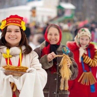 Диетологи посоветовали не совмещать две русские традиции на Масленицу