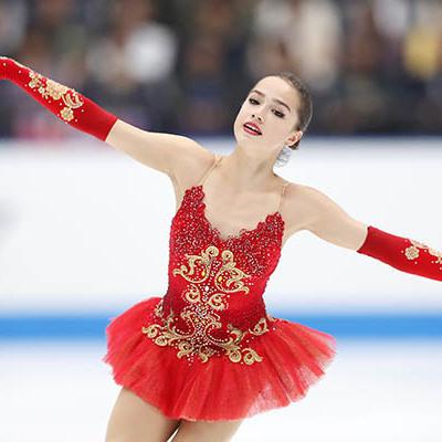 Загитова занимает второе место после короткой программы в финале Гран-при