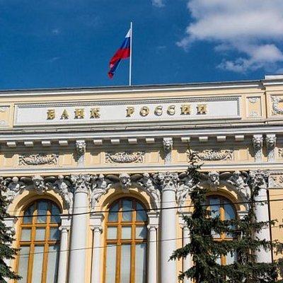 Курс рубля стал менее чувствительным к ценам на нефть