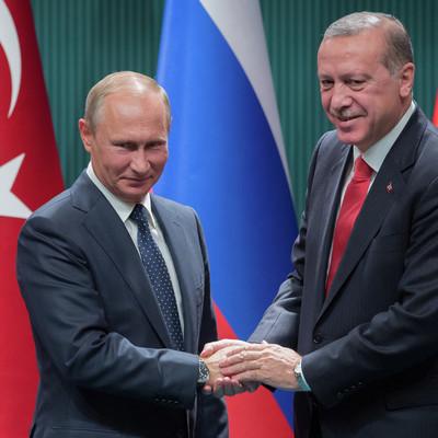 Путин и Эрдоган поддерживать плотное взаимодействие по вопросам сирийского урегулирования
